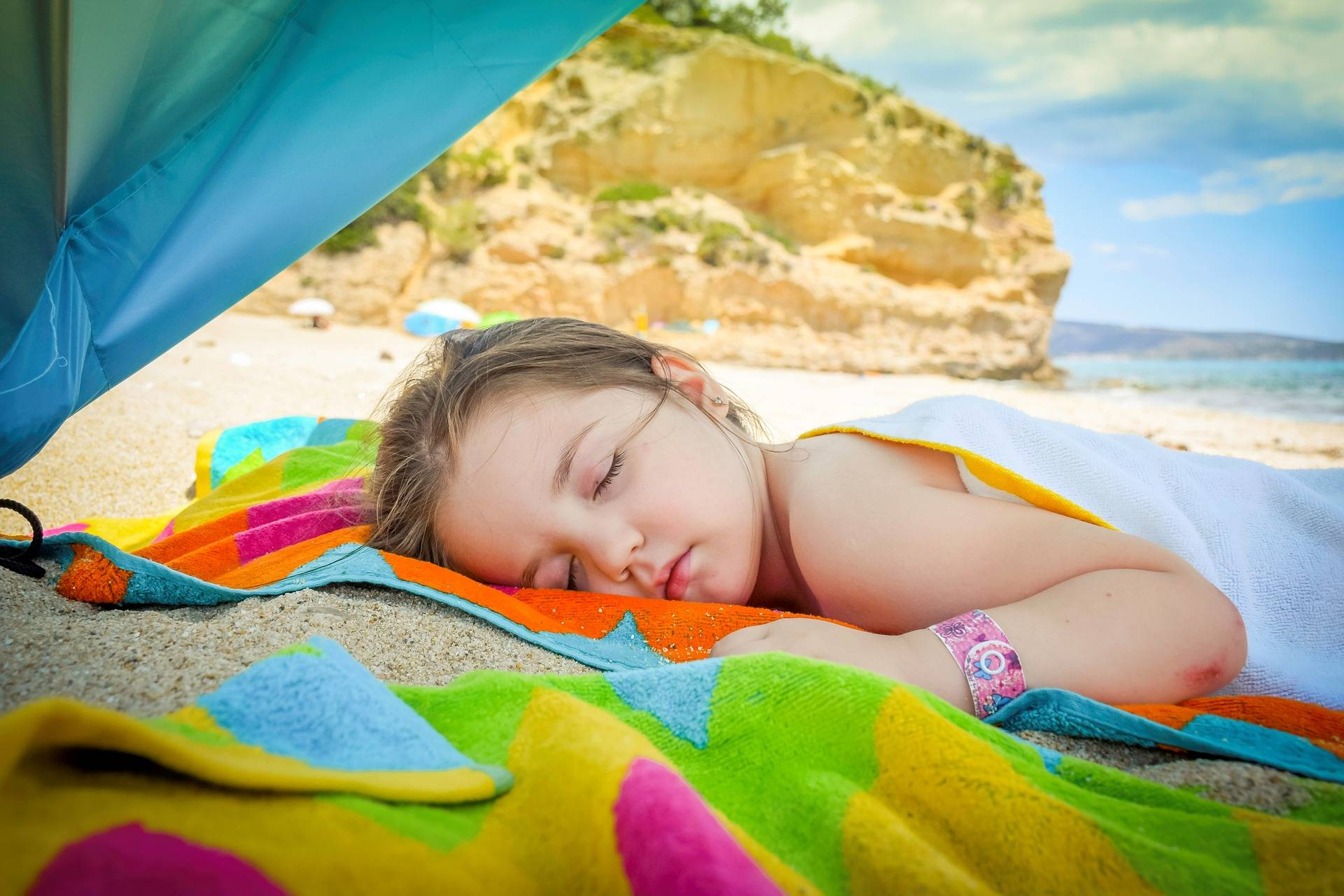 STAYCATION: 5 WAYS TO EMBRACE YOUR NEXT HOLIDAY AT HOME