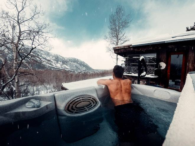 jamie fenn spBJSPLeA0k unsplash Hot Tubs: From Winter To Summer, Time To Reap the Benefits of Your Own Hot Tubs